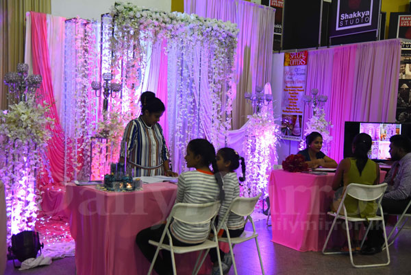 My wedding bridal show daily mirror sri lanka latest breaking the exhibition showcased bridal dresses accessories shoes and decorations hair dressing and bridal specialists exhibited their skills at the show which junglespirit Image collections