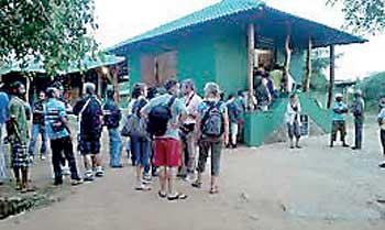 image 1510288674 77c160f7a3 in sri lankan news