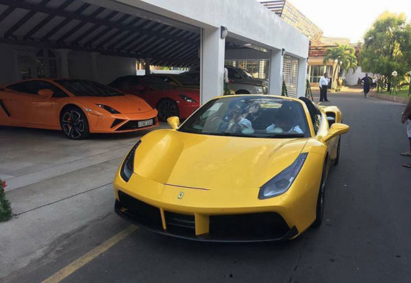 Daily Mirror Ten Second Car Worth Rs 100 Mn In Colombo