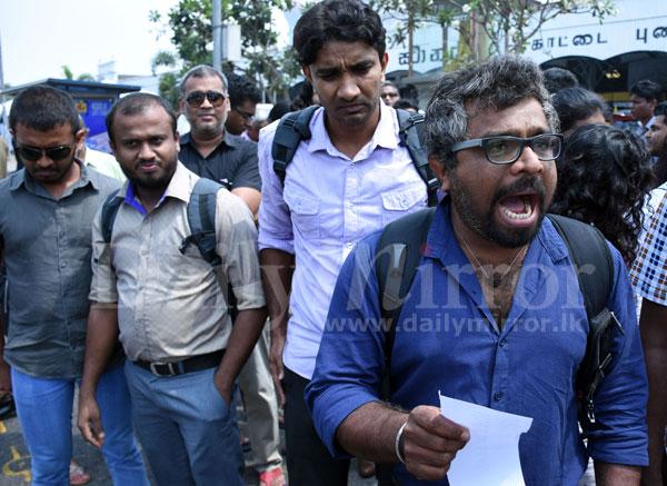 image 1520507230 56603ff134 in sri lankan news