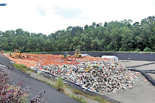 Daily Mirror - Sri Lanka's first sanitary landfill in Dompe